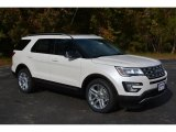 2017 White Platinum Ford Explorer XLT #117178210