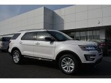 2017 White Platinum Ford Explorer XLT #117178113