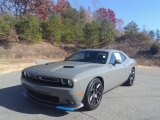 Dodge Challenger 2017 Data, Info and Specs