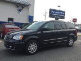 2016 Brilliant Black Crystal Pearl Chrysler Town & Country Touring #117215925