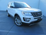 2017 White Platinum Ford Explorer XLT #117680214