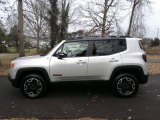 2017 Glacier Metallic Jeep Renegade Trailhawk 4x4 #117773253
