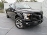 2017 Ford F150 XL SuperCab Front 3/4 View
