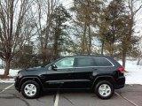 2017 Diamond Black Crystal Pearl Jeep Grand Cherokee Laredo 4x4 #117987162