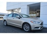 2017 White Gold Ford Fusion SE #118094662