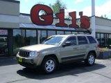 2006 Light Khaki Metallic Jeep Grand Cherokee Laredo 4x4 #11804907