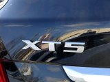 Cadillac XT5 2017 Badges and Logos