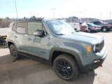 2017 Jeep Renegade Trailhawk 4x4 Front 3/4 View