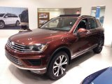 Volkswagen Touareg Data, Info and Specs