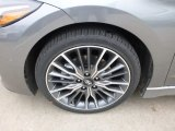 Hyundai Elantra 2017 Wheels and Tires