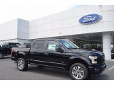 2017 Ford F150 XL SuperCrew 4x4 Front 3/4 View