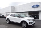2017 Oxford White Ford Explorer XLT #122189364