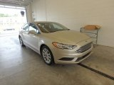 2017 White Gold Ford Fusion SE #122704054