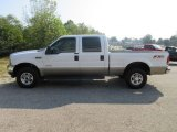 2004 Oxford White Ford F250 Super Duty Lariat Crew Cab 4x4 #122984117