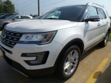 2017 White Platinum Ford Explorer Limited 4WD #122984044