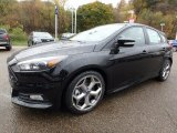 Ford Focus Data, Info and Specs