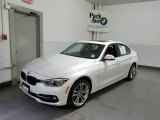 2018 Mineral White Metallic BMW 3 Series 330i xDrive Sedan #126058798
