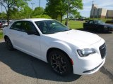 2018 Chrysler 300 Bright White