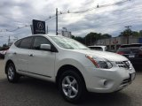 Pearl White Nissan Rogue in 2013