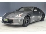Nissan 370Z Data, Info and Specs
