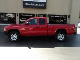2004 Flame Red Dodge Dakota SXT Club Cab 4x4 #128197515