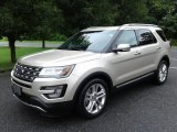 2017 Ford Explorer Limited Front 3/4 View