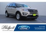 2017 White Gold Ford Explorer XLT #129118567
