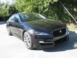 Jaguar XJ Data, Info and Specs