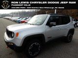 2017 Glacier Metallic Jeep Renegade Trailhawk 4x4 #131072903