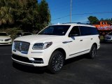 Lincoln Navigator Data, Info and Specs