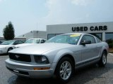 2007 Satin Silver Metallic Ford Mustang V6 Deluxe Coupe #13075262