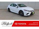 2019 Super White Toyota Camry SE #131385338