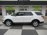 2017 Oxford White Ford Explorer XLT #131662798