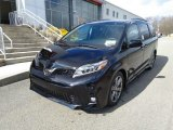 2019 Midnight Black Metallic Toyota Sienna SE #131820212