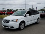 2016 Bright White Chrysler Town & Country Touring #131869686
