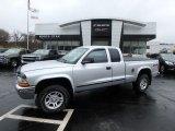 2004 Bright Silver Metallic Dodge Dakota SLT Club Cab 4x4 #132493552