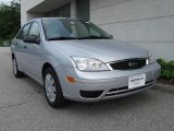 2005 CD Silver Metallic Ford Focus ZX4 S Sedan #13372177