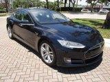 2013 Tesla Model S P85 Performance Front 3/4 View
