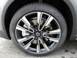 Volvo V60 Cross Country Wheels and Tires