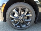 Chrysler Pacifica Wheels and Tires