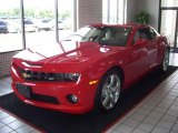 2010 Victory Red Chevrolet Camaro SS Coupe #13600045