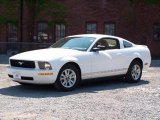 2007 Performance White Ford Mustang V6 Deluxe Coupe #13610896