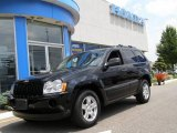 2006 Black Jeep Grand Cherokee Laredo 4x4 #13661526