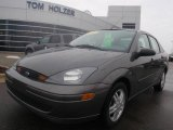 2003 Liquid Grey Metallic Ford Focus SE Sedan #1368331
