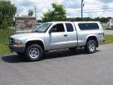 2004 Bright Silver Metallic Dodge Dakota SLT Club Cab 4x4 #13826992