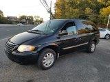 2005 Chrysler Town & Country Brilliant Black