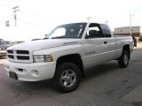 1999 Bright White Dodge Ram 1500 Sport Extended Cab 4x4 #14161722
