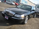 2008 Black Lincoln Town Car Signature Limited #14300539