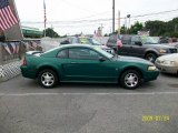 2000 Electric Green Metallic Ford Mustang V6 Coupe #14845368