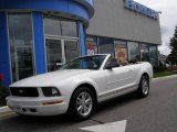 2007 Performance White Ford Mustang V6 Deluxe Convertible #14825091